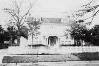 Mitchell Guy House