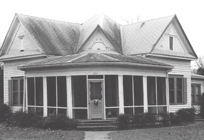 House at 807 North Preston