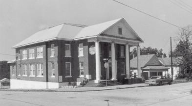Tenth Street Historic District